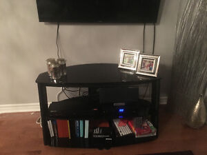 Excellent condition 3 glass shelves--$150 or best offer
