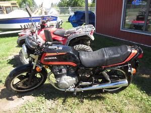 Honda cb400t motorcycle