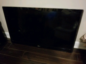 "42"" LG flat screen smart TV"
