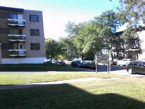 106 appartement  a vendre .