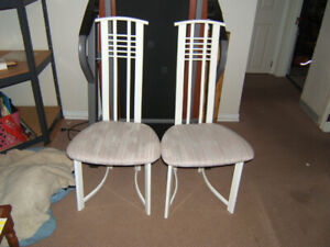 Nice pair of contemporary ladder back chairs.