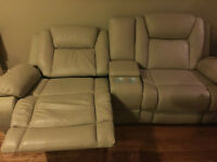 * 2015 BEIGE LEATHER SOFAS ELECTRONIC RECLINE **