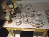 Colclough Vintage Tea Set
