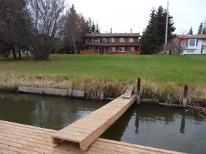 Lake front House for rent on Slave Lake