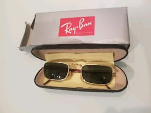 Vintage Ray Bans with case