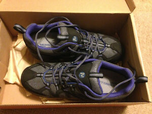 Women's Merrell low hikers