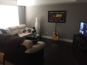 Roommate-Room 6month-one year sublet in beautiful basement suite