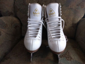 Jackson Figure Skates Size 7 Ladies