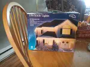 150 brand new in box icicle lights never used 10.00