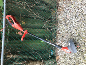 Black and Decker cordless 18v trimmer edger