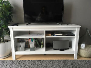 BRUSALI TV BENCH (IKEA) GREAT CONDITION