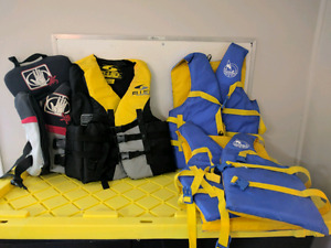LIFE JACKETS (EXCELLENT CONDITION)