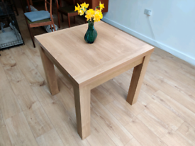 Extending Dining Table, 4-6 seater