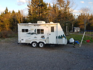 2007 Dutchman hybrid travel trailer for sale