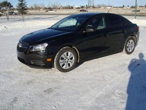 2014 Chevrolet Cruze Sedan, in excelent condition& very low k's