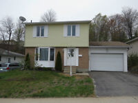 LOVELY 2 STOREY HOME WITH ATTACHED GARAGE IN ELLIOT LAKE !!!!!!