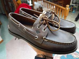 Men's 8.5 Dark Brown Sperry Boat Shoe