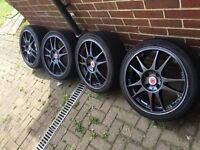 "Black Wolfrace 17"" Alloys with tyres in great condition!"