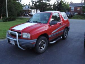 2001 Chevrolet Tracker SUV, Crossover