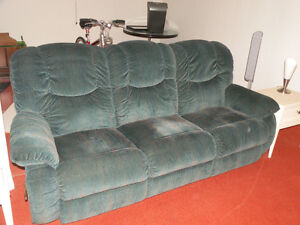 Lazy Boy Reclining Couch (Sofa)