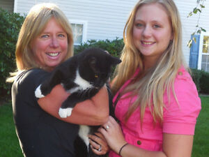 ***** Tia & Mel's Pet Care and Pet Sitting ******
