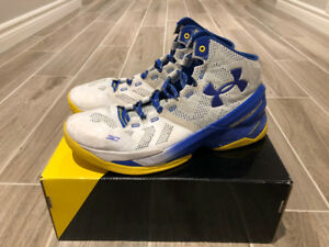 CURRY 1 BASKETBALL SHOE - SIZE 11.5