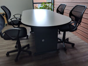 Table ovale 6'9