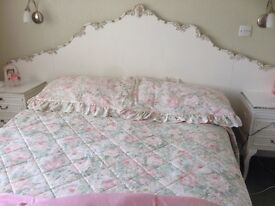 Traditional white headboard (Double)