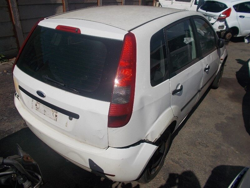 Ford Fiesta 2005 1.4 STRIPPING FOR SPARES AND PARTS
