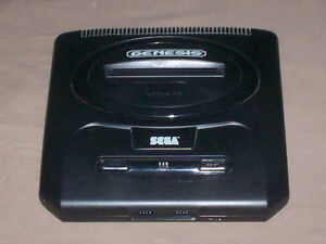 SEGA GENESIS CONSOLE 2 CONTROLLERS - GAMES AVAILABLE TOO
