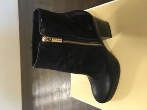 Beautiful BRAND NEW Michael Kors ankle boots!!