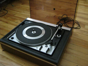 vintage turntable Dual 1225 , fully serviced clean , Shure M91ED