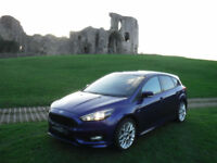2017 17 FORD FOCUS ECOBOOST 125 ST-LINE APPEARANCE PACK IN DEEP IMPACT BLUE.