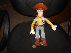 TOYS FROM TOY STORY(BUZZ,WOODY&JESSIE)/COLLECTIBLES