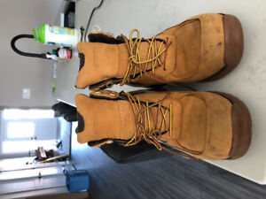 """Men's """"Tmberland"""" size 11, boots"""