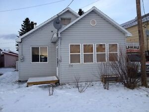 4 sale In geraldton ontario 204 4 ave SE  48000