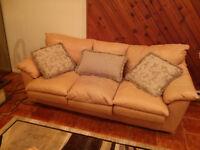 Causeuse et sofa 3 places en cuir véritable BON ÉTAT