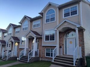 Halifax townhouse with incredible views, garage, & 3.5 baths!
