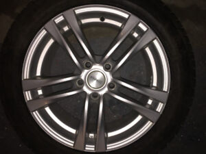 """Set of 4x 17"""" Mags, 5x114.3 bolt pattern. Impeccable condition!"""