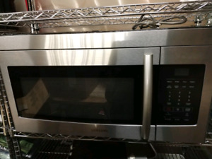 Samsung Stainless Over the Range Microwave 1.6 cu.ft