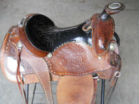Emore saddle