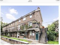 2 bedroom maisonette in Chiswick swap for 3/4bed in Chiswick