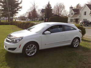 Sold/Vendu 2009 Saturn Astra XR Coupe (2 door)