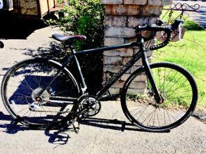 Vélo de route TREK Crosspit