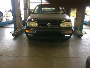 1999 vw cabrio 260,000 km trades welcomed.