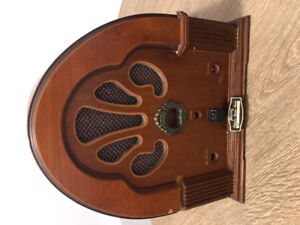 Vintage radio  Prosonic Collector's Edition., Cathedral style