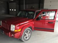 2006 jeep commander very clean 7 passengers v8 4x4