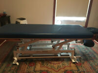 Hydraulic Massage Table - Modelco