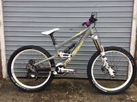 Scott Voltage FR10 downhill bike