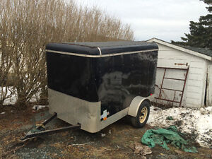 2008 PACER 5ft by 8 ft INCLUSED TRAILER